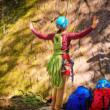 Mochila com a corda de escalada, veja como fazer